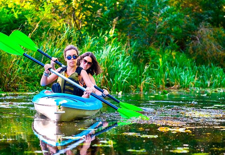 location de canoë au Lac de Saint Cassien